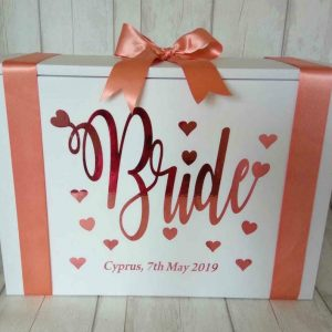 bride wqith hearts travel box