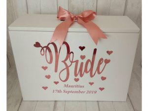 bride love hearts dress travel box