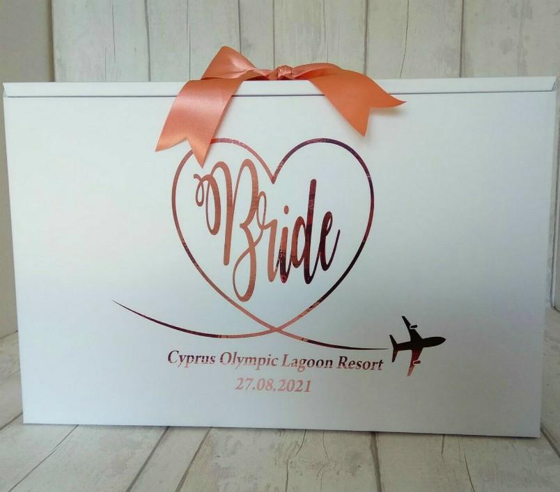 stylish bride travel box